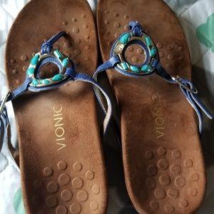 Women's vionic sandals size 8